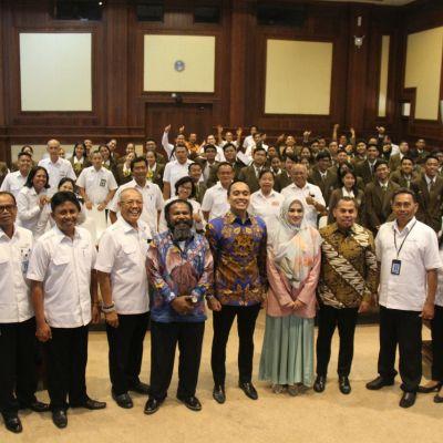 Politeknik Pariiwiswata Bali Bersama Dengan BKSAP DPR RI Menyelenggarakan Diskusi Terkait Peran Strategis Industri Pariwisata dan Ekonomi Kreatif