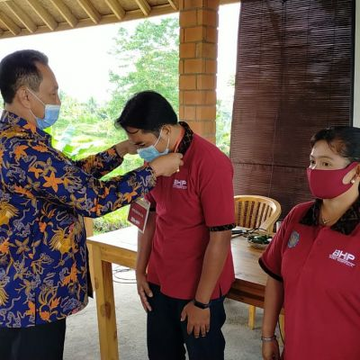Galakkan Penerapan CHSE, Prodi BHP Gelar Pengabdian kepada Masyarakat di Desa Wisata Taro